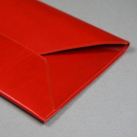 Sobre Grande en color rojo