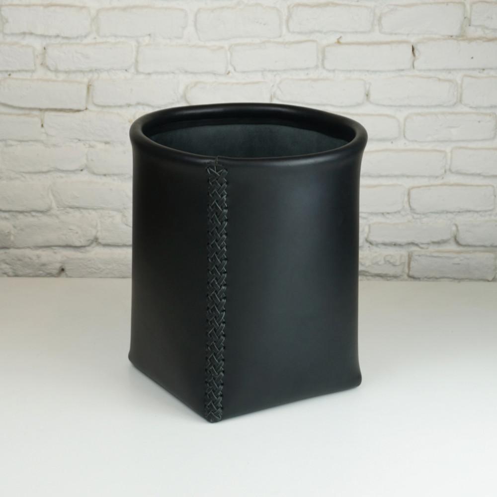 Papelera en color negro
